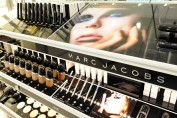marc-jacobs-beauty-store09